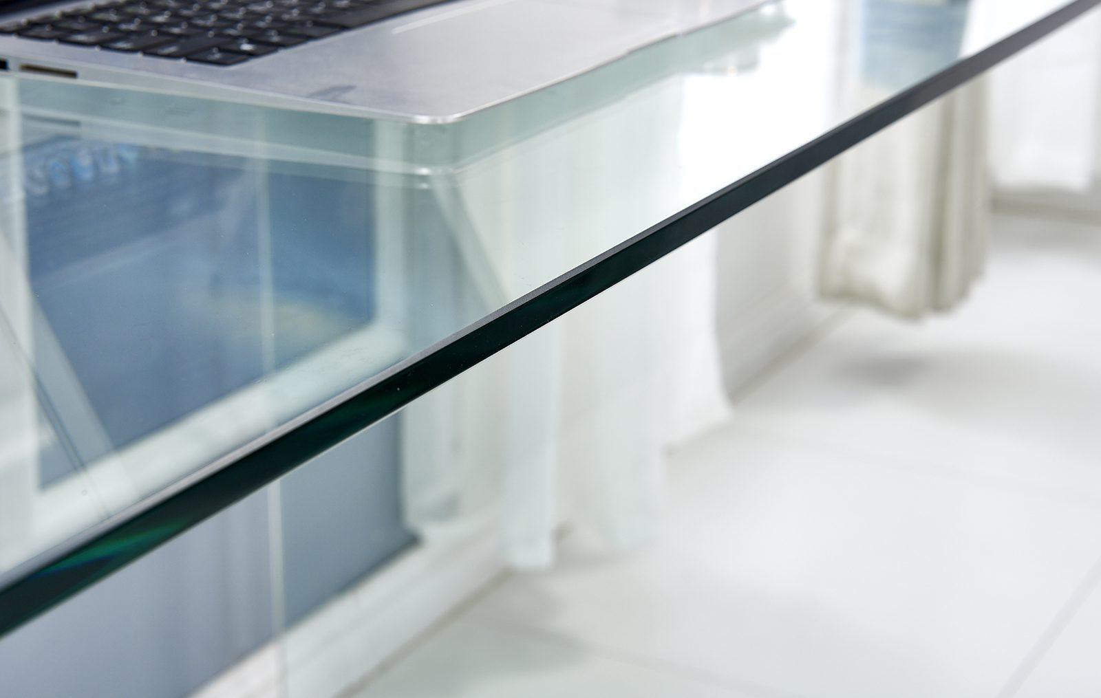 Письменный стол ESF F306 (каленое стекло)