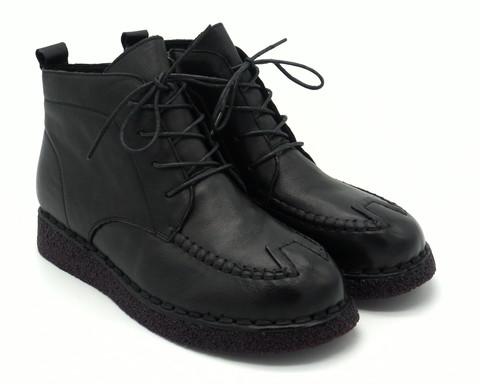 Черные кожаные ботинки с декоративной отстрочкой