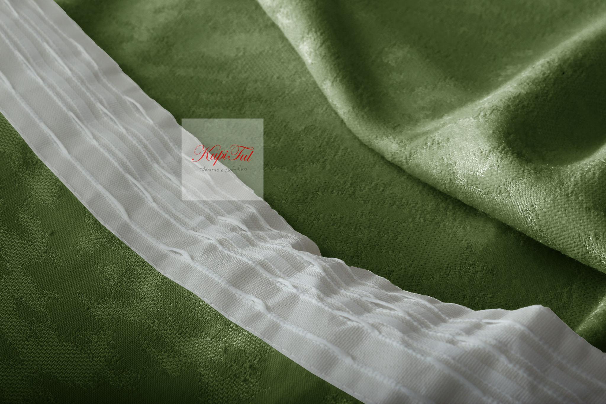 Луи (темно-зелёный). Шторы из стриженного бархата.