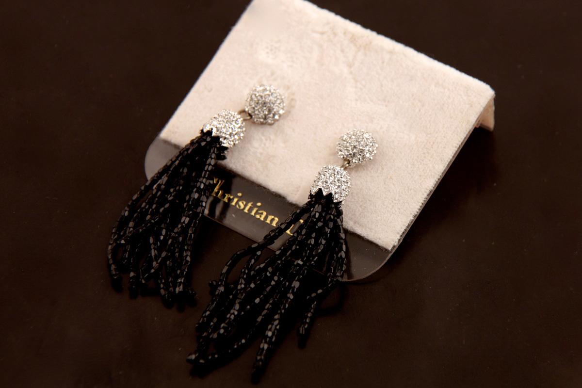 """Эффектные серьги """"Кисточки"""" от Christian Dior"""