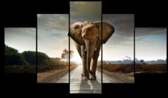 """Модульная картина """"Слон идет"""""""