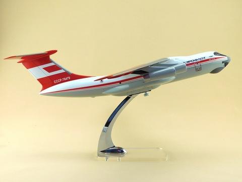 Модель самолета Ил-76ТД (М1:100, Аэрофлот полярный)