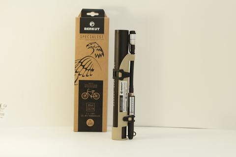 Насос электрический со встроенным аккумулятором Berkut  для мотоцикла