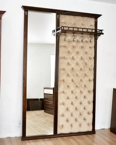 Стеновая панель «Милан» с зеркалом.