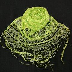 Шарф ажурный с кистями зеленый