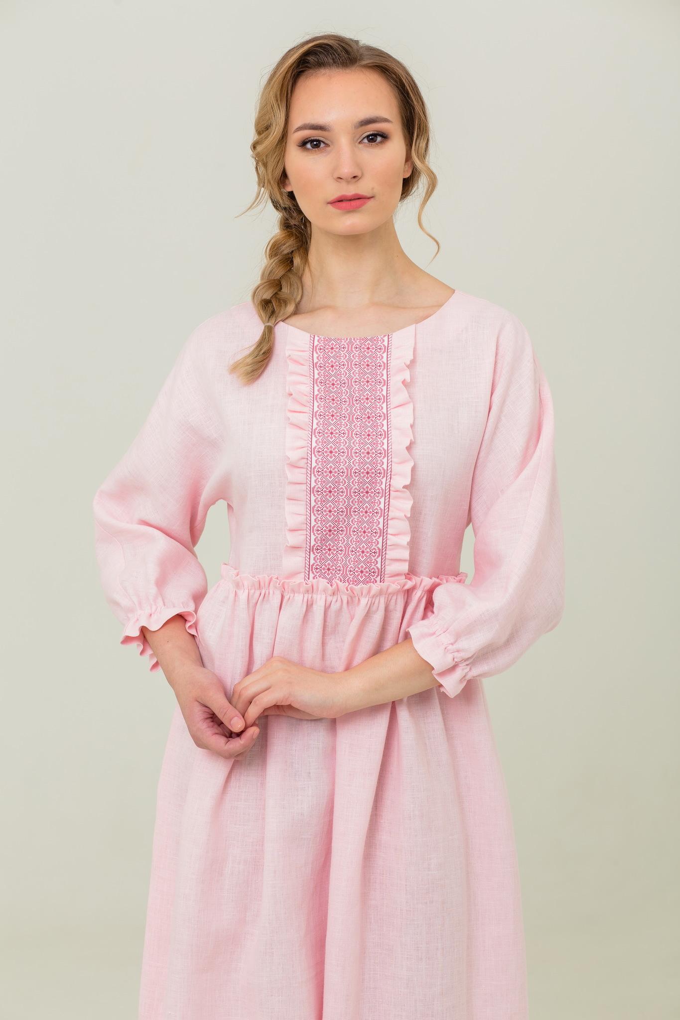 Розовое платье с длинным рукавом Цветущий шиповник