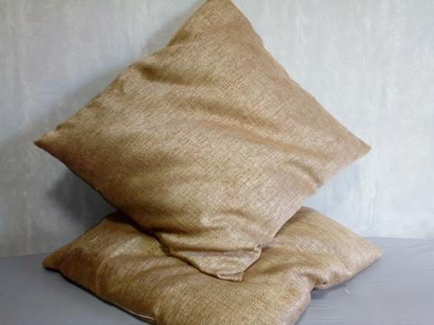 Декоративная наволочка песочная. 50 х 50 см