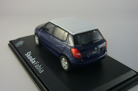 Skoda Fabia 2 met.-dkl.-blue with white roof 2006 Abrex 1:43