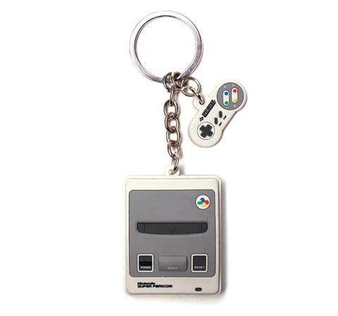 Брелок Difuzed: Nintendo: SNES KE323361NTN