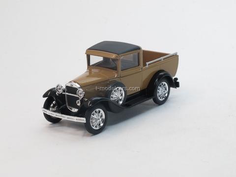 GAZ-4 Pickup beige 1:43 Nash Avtoprom