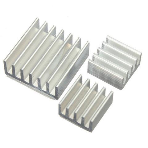 Радиатор охлаждения алюминиевый 11х11х5 мм, серебристый