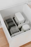 Органайзер-разделитель в ящик на кухне для посуды Peggy серый Umbra 1004318-149 | Купить в Москве, СПб и с доставкой по всей России | Интернет магазин www.Kitchen-Devices.ru