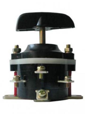 Пакетный переключатель ПП 3-16/Н2 исп.3 3П 16А 220В IP00 TDM