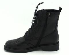 Черные кожаные осенние ботинки на шнурках