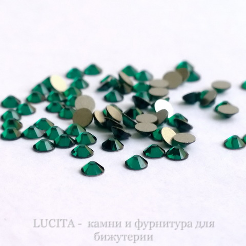 2028/2058 Стразы Сваровски холодной фиксации Emerald ss12 (3,0-3,2 мм), 10 штук ()