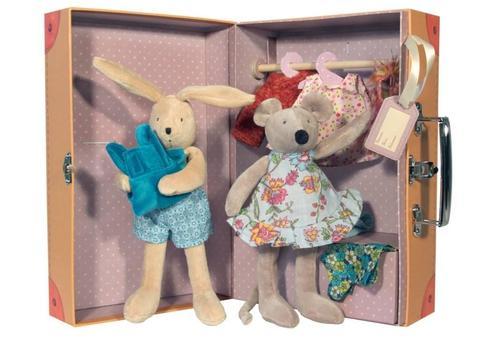 Moulin Roty. Чемоданчик - гардероб с мягкими игрушками
