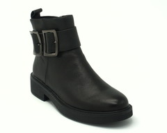 Ботинки черного цвета.Натуральная кожа.