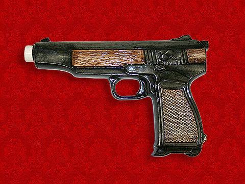 """Штоф """"Пистолет АПС"""" (автоматический пистолет Стечкина)"""
