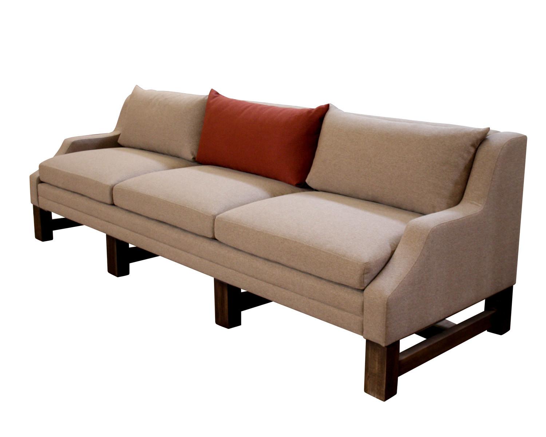 Прямые диваны разных размеров и формы на заказ