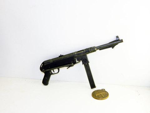 German WW2 MP-38 scale 1:3