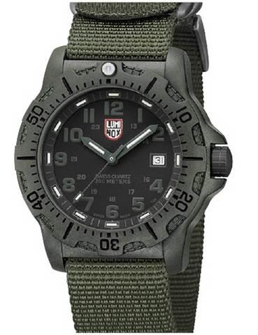 Часы мужские Luminox A.8817.GO LAND