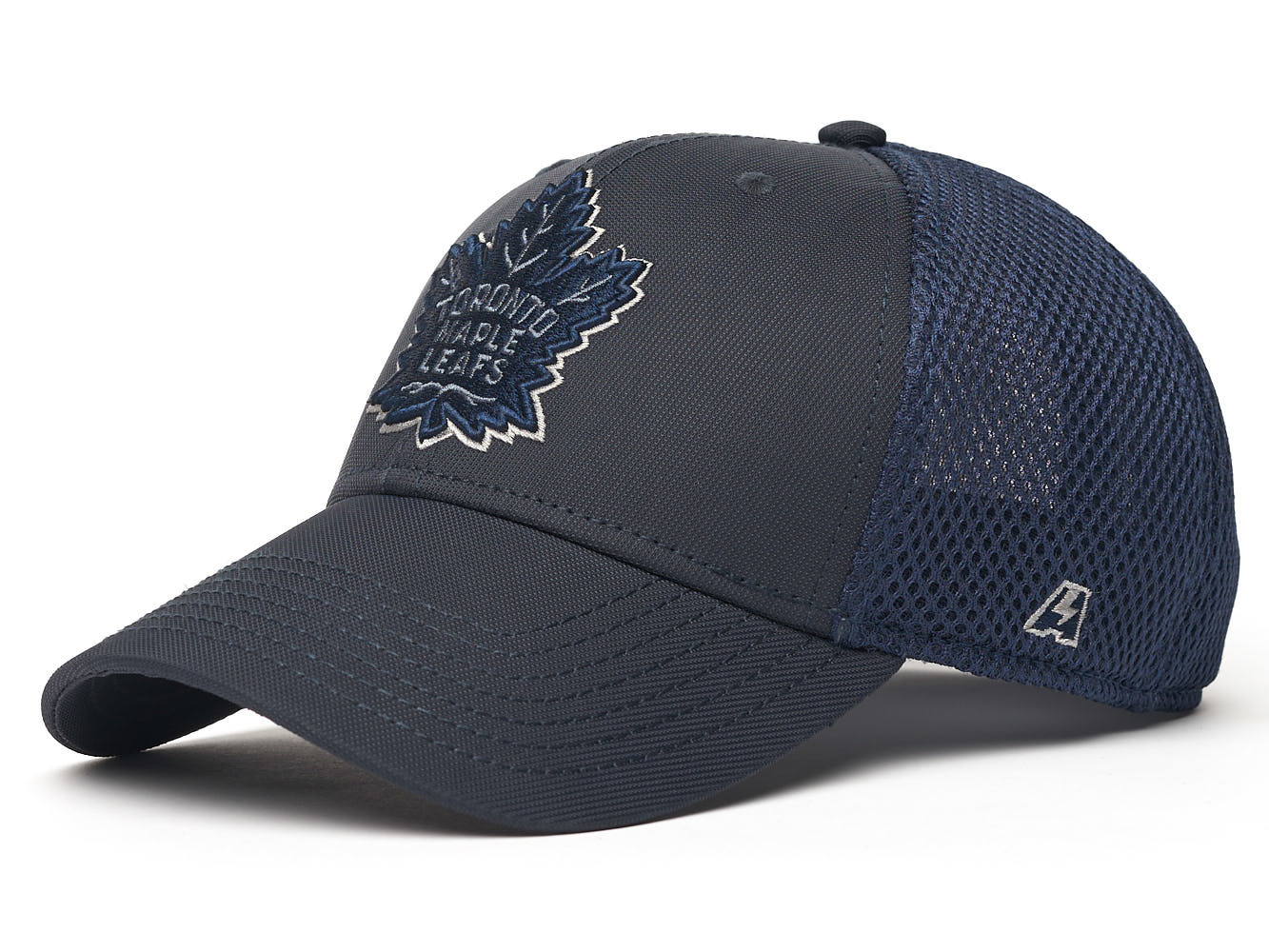 Бейсболка NHL Toronto Maple Leafs (размер M/L)