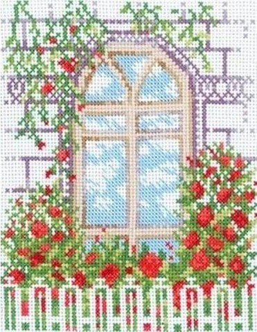 C047 Окно с кустами роз