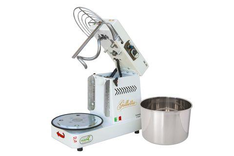 Тестомес для домашнего использования Famag Grilletta IM5, дежа на 5 кг теста