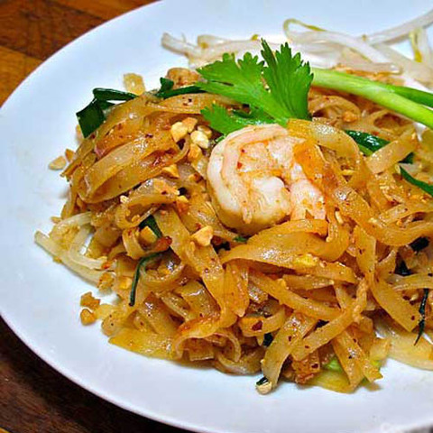 https://static-ru.insales.ru/images/products/1/5879/40589047/hot_thao_noodles.jpg