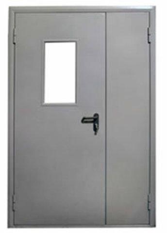 Остекленная противопожарная дверь