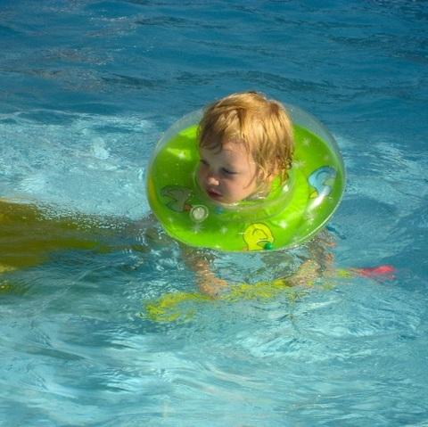Круг на шею для плавания Baby-Krug 3D, оранжевый, от 3 мес до 6 лет