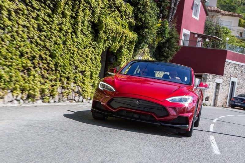 Обвес Larte Design Elizabeta для Tesla Model S