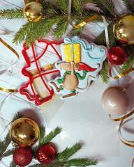 Мышка с подарком трафарет для пряника, мастики, печенья