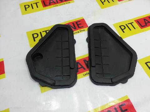 Грязезащитные заглушки проемов рулевых тяг для Лада Приора и Ваз 2110-12