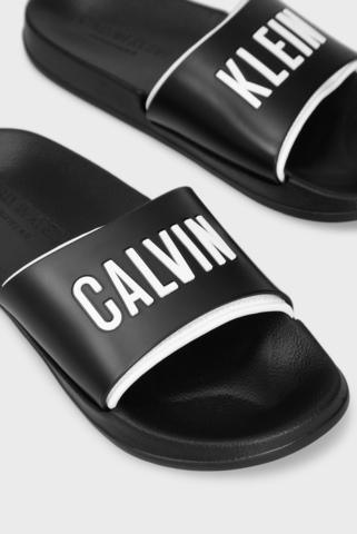 Женские черные слайдеры Calvin Klein