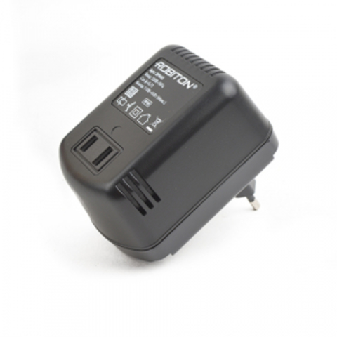 Трансформатор (адаптер) превращает 220 в 110 Вольт