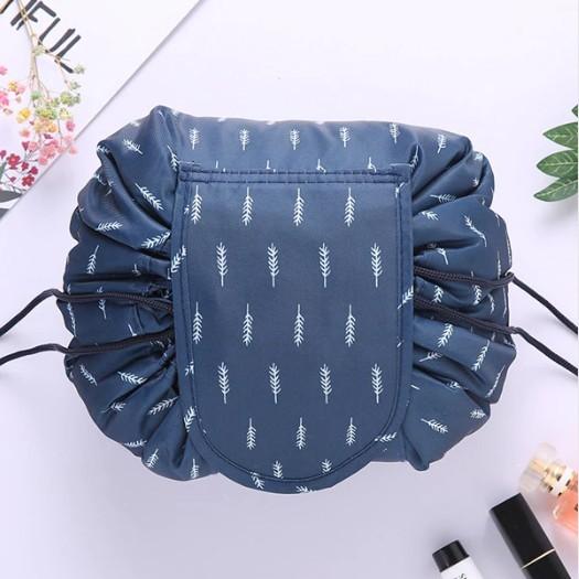 Ленивая нейлоновая косметичка-мешок с рисунком на липучке, цвет Синий с ёлочками фото