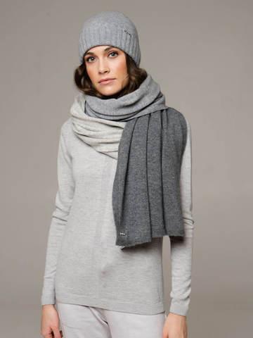 Женская шапка цвета серый меланж из 100% кашемира - фото 2
