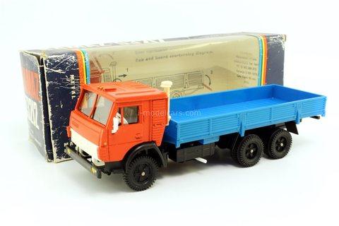 KAMAZ-53212 red-blue (carton box) Elecon Arek Made in USSR 1:43