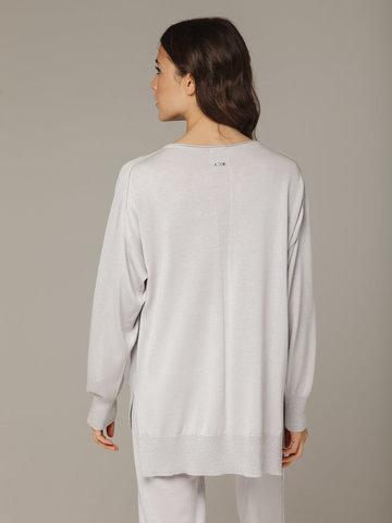 Светло-серый джемпер из шёлка и кашемира, с квадратной линией проймы - фото 5