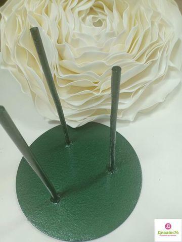 Стойка металлическая 3 штыря диаметр 30см., цвет зеленый.