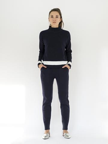 Женские брюки темно-синего цвета из хлопка - фото 2