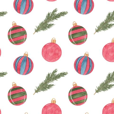 Новогодние шары и ветки ели