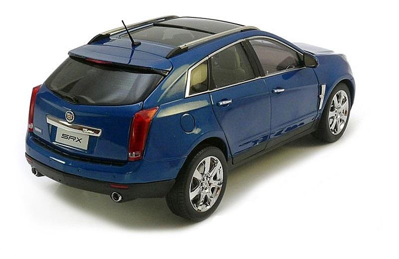 Коллекционная модель Cadillac SRX Crossover 2010