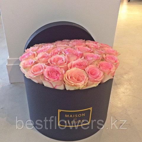 Коробка Maison Des Fleurs с розами 27