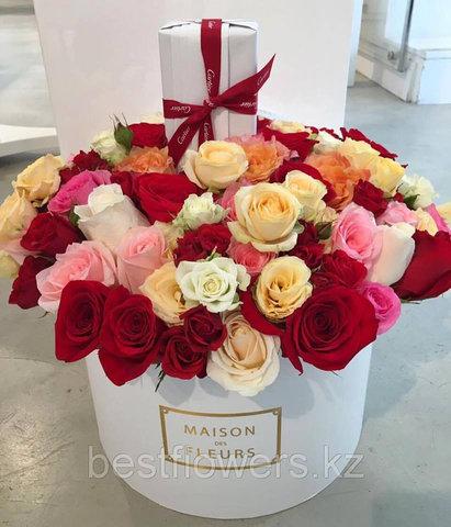 Коробка Maison Des Fleurs с розами 37