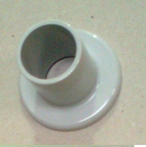 23547638 Штуцер для возвратного клапана, диа. 32/27, пластиковый