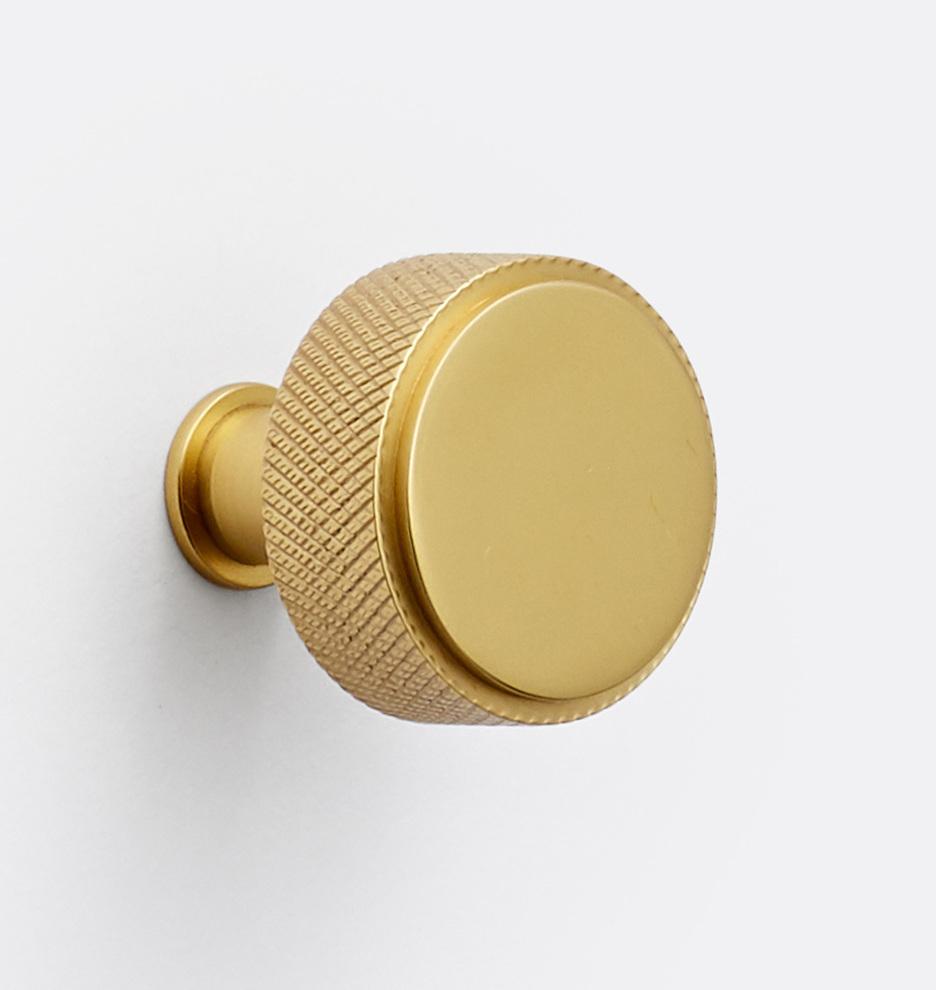 Ручки кнопки Ручка кнопка V21 C2110_CP_19Q4L1_190805_001_C2110.jpg