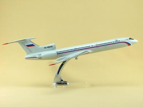 Модель самолета Ту-154М (М1:100, СЛО Россия)