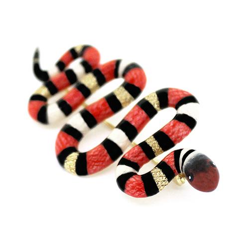 Брошь Змея красная